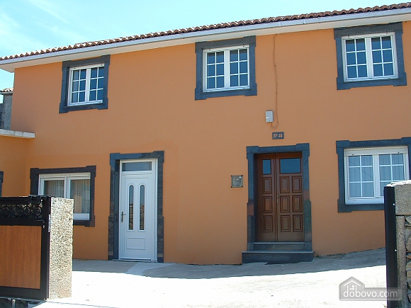 Cozy townhouse located in peaceful quiet village on Costa da Morte, Three Bedroom (99818), 012