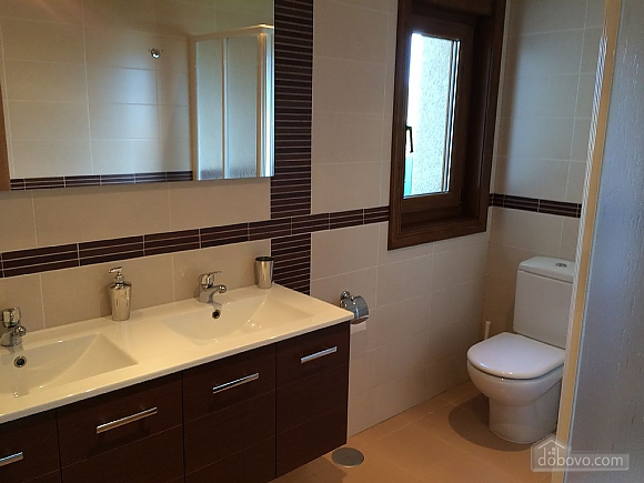 Brand new luxurious waterfront villa, Trois chambres (53672), 006