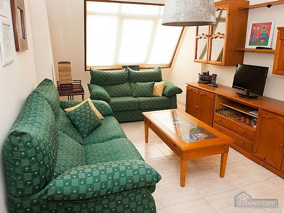 Lovely beachfront duplex on Isla de Arousa, Four Bedroom (14066), 004