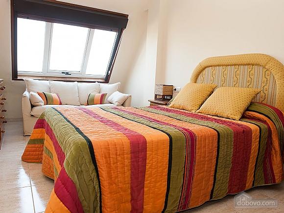Lovely beachfront duplex on Isla de Arousa, Four Bedroom (14066), 006