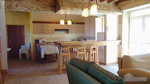 Lovely stone house just 700m from the beach, Cinq chambres (20814), 003