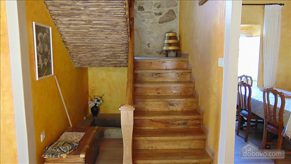 Lovely stone house just 700m from the beach, Cinq chambres (20814), 005