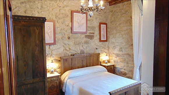 Lovely stone house just 700m from the beach, Cinq chambres (20814), 016