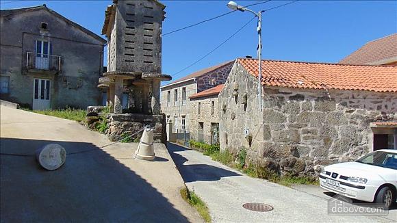 Прекрасный каменный дом в 700 м от пляжа, 6ти-комнатная (20814), 020