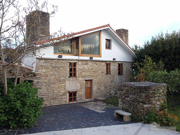 Lovely stone house near the coast with barbecue, Sieben+ Zimmern (38162), 001