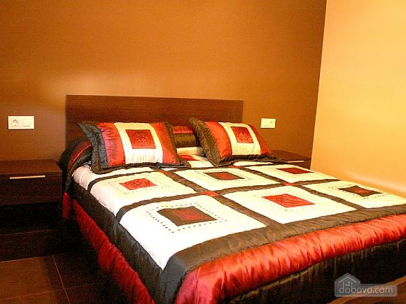 Luxurious new villa on Costa da Morte, Four Bedroom (31186), 011
