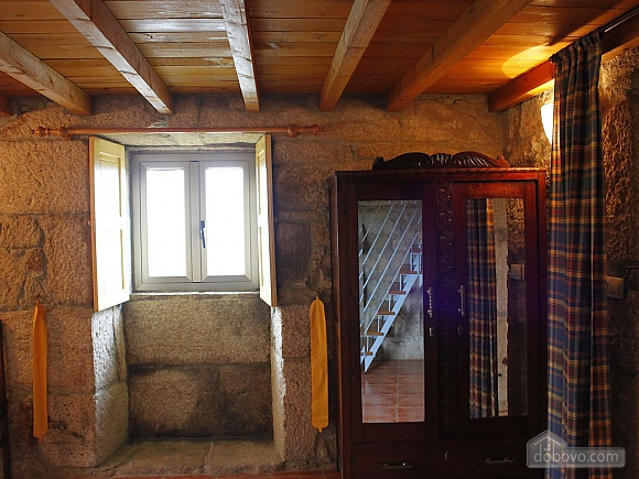 Peaceful stone house in the mountains, Quatre chambres (64582), 017