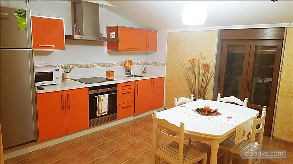 Cozy beautiful apartments near St. James Way to Fisterra, Deux chambres (67716), 006