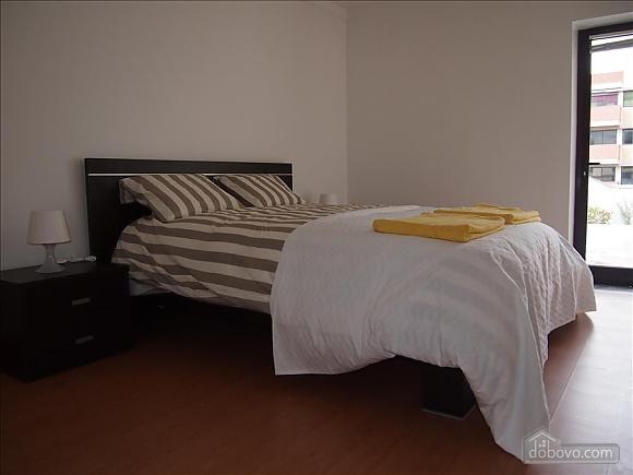 Setubal city centre apartment, Three Bedroom (87116), 002