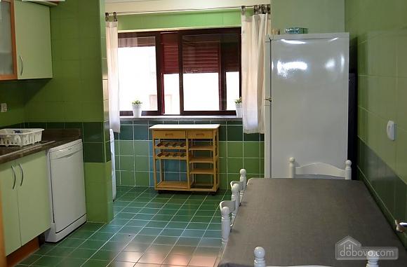 Setubal city centre apartment, Three Bedroom (87116), 007