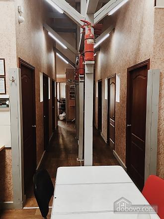 7-bed room in the hostel Darnitsya 1, Studio (68795), 002