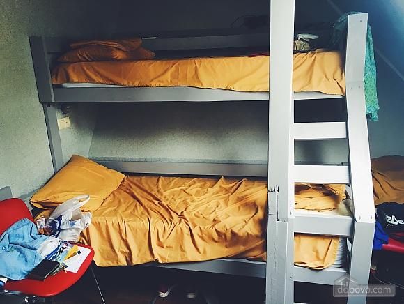 7-bed room in the hostel Darnitsya 1, Studio (68795), 006