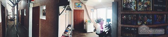7-bed room in the hostel Darnitsya 1, Studio (68795), 010
