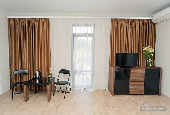 Отель Фьюжн номер Люкс с балконом, 1-комнатная (61336), 002