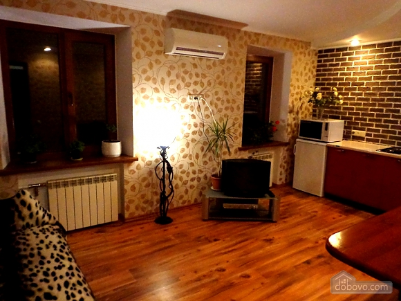 Luxury class apartment in the center, One Bedroom (43747), 002