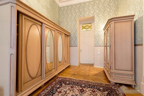 Great apartment in a king's house, Vierzimmerwohnung (96723), 005