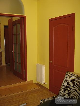 Квартира в центрі, 2-кімнатна (44037), 009