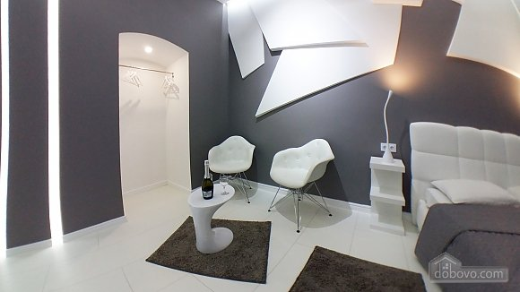 VIP studio in the center of Kiev with jacuzzi, Studio (41829), 004