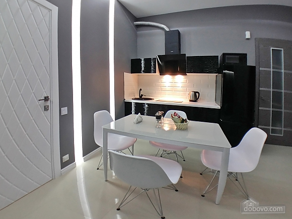 VIP studio in the center of Kiev with jacuzzi, Studio (41829), 015