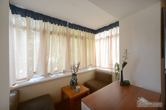 Spacious apartment in hi-tech style in the center of Kiev, Monolocale (93491), 007