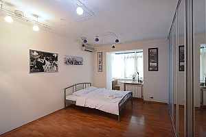 Spacious apartment in hi-tech style in the center of Kiev, Studio, 003