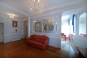 Designer spacious European apartment in the center of Kiev, One Bedroom, 002