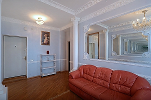Designer spacious European apartment in the center of Kiev, One Bedroom, 003