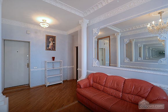 Designer spacious European apartment in the center of Kiev, One Bedroom (94637), 003