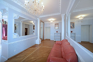 Designer spacious European apartment in the center of Kiev, One Bedroom, 001