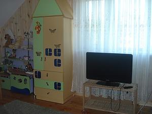 Cottage in Bobrytsya, Five Bedroom, 004