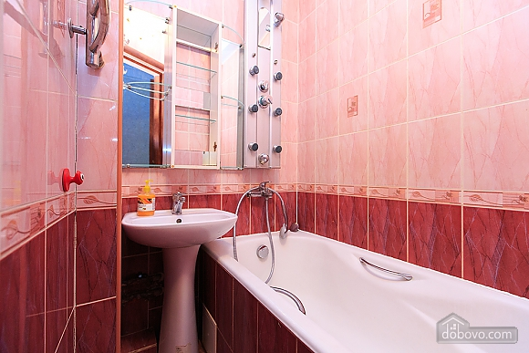Apartment in 10 minutes from the Obolon metro station, Una Camera (89833), 010