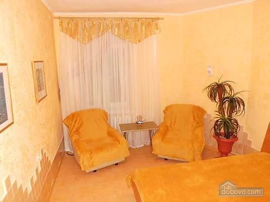 Apartment in the center, Studio (13621), 003