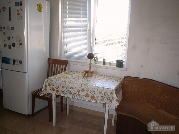 Apartment on Levitana for 6-8 people, Two Bedroom (18229), 009