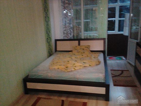 Комната в Берегово, 1-комнатная (26241), 001