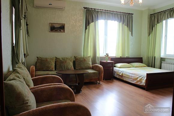 Квартира недалеко від аеропорту, 2-кімнатна (50201), 001