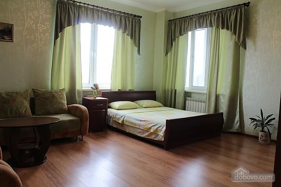 Квартира недалеко від аеропорту, 2-кімнатна (50201), 002