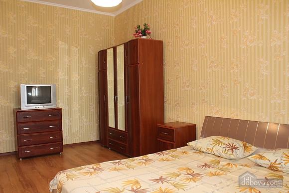Квартира недалеко від аеропорту, 2-кімнатна (50201), 003