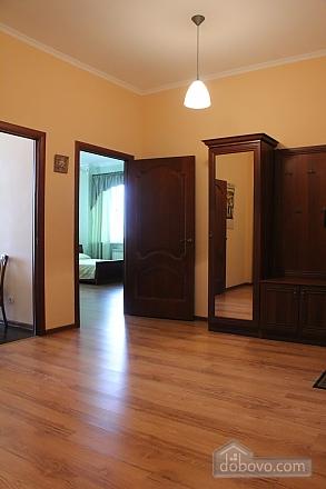 Квартира недалеко від аеропорту, 2-кімнатна (50201), 007