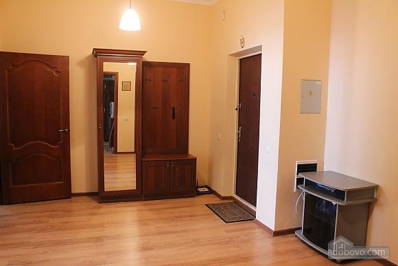 Квартира недалеко від аеропорту, 2-кімнатна (50201), 008