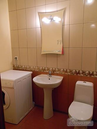 Квартира недалеко від аеропорту, 2-кімнатна (50201), 009