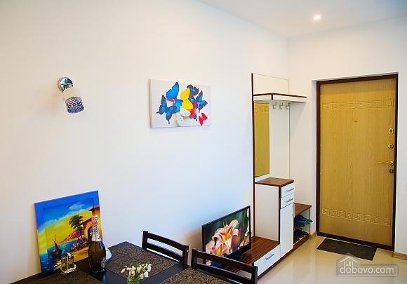 Дом в Черноморке, 2х-комнатная (30225), 004