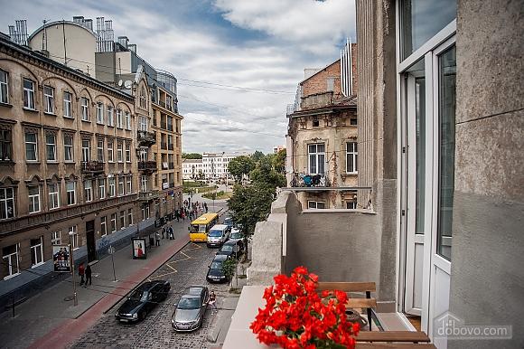 Sunny apartments (Forum), Un chambre (66901), 024