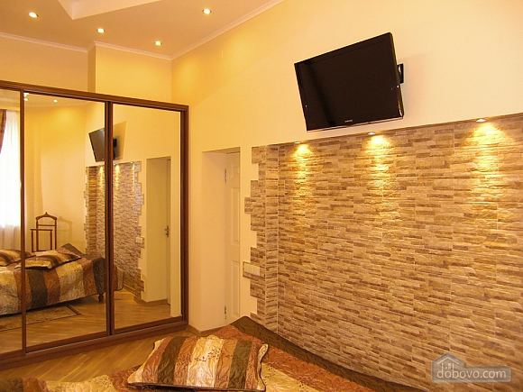 VIP apartment with jacuzzi and design at Maidan, One Bedroom (82051), 007