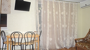 Apartment with view on the Dnipro river on Yavornytskoho, Studio, 004