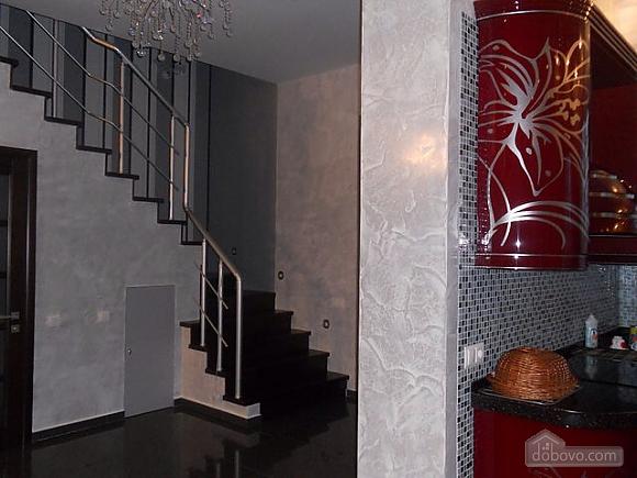 A cozy house in Sauvignon, Three Bedroom (15536), 010