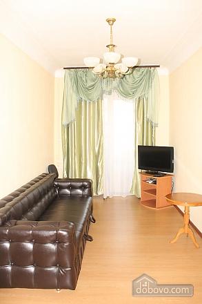 Квартира в центре Киева, 3х-комнатная (73486), 002
