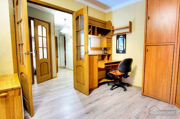 Прекрасна квартира, 1-кімнатна (80811), 003