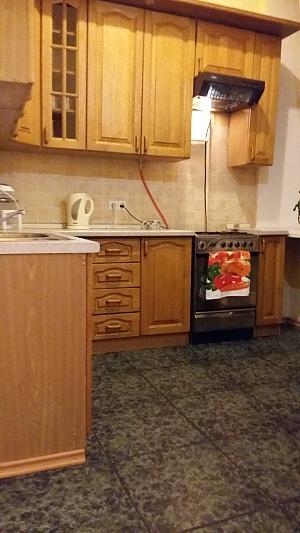 Квартира в центре Киева, 2х-комнатная, 004