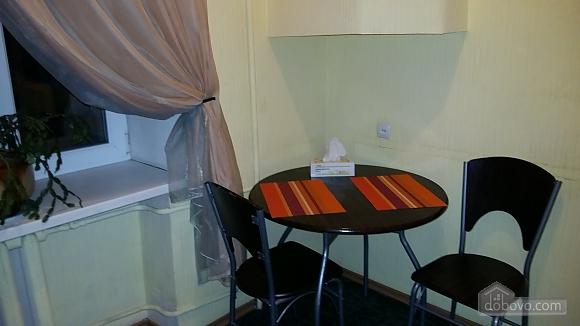 Квартира в центре Киева, 2х-комнатная (27577), 005