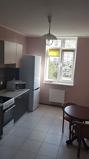 Популярні апартаменти, 3-кімнатна, 002